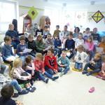 Liederprobe mit den Schulkindern