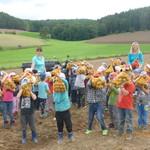 Besuch am Kartoffelfeld