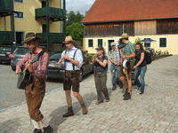 Kolpingspielmannszug aus Oberviechtach -  bringt musikalischen Schwung auf den Müllner-Hof