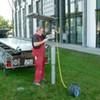 Einbringen von Eindreh-Fundament für 5 m Werbepylon